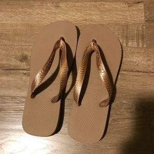 Rose gold/copper Havaiana flip flops